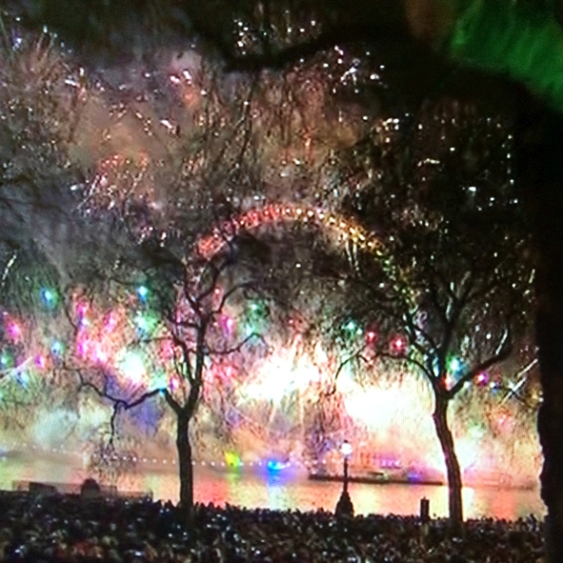 London New Year 2015 River Fireworks
