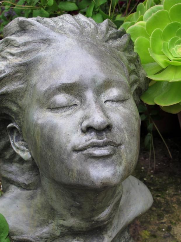Serene Sculpture 'Ariel' at Hidcote Garden