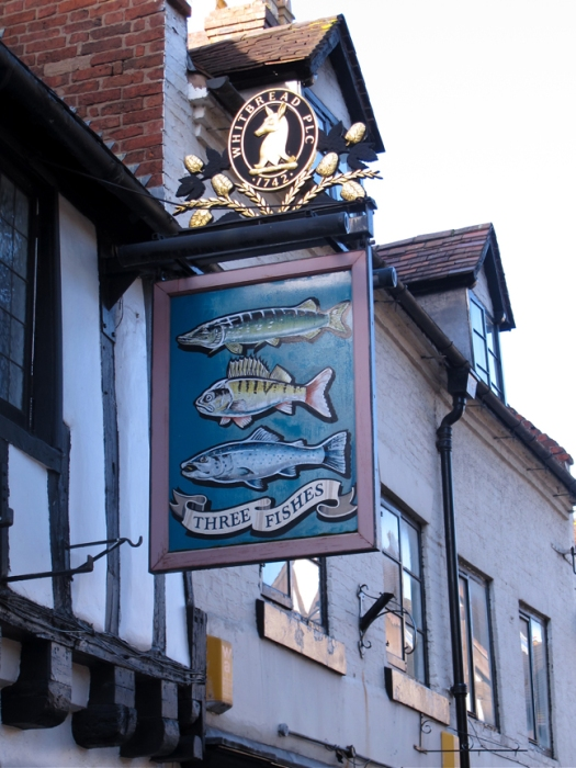 Three fishes pub sign