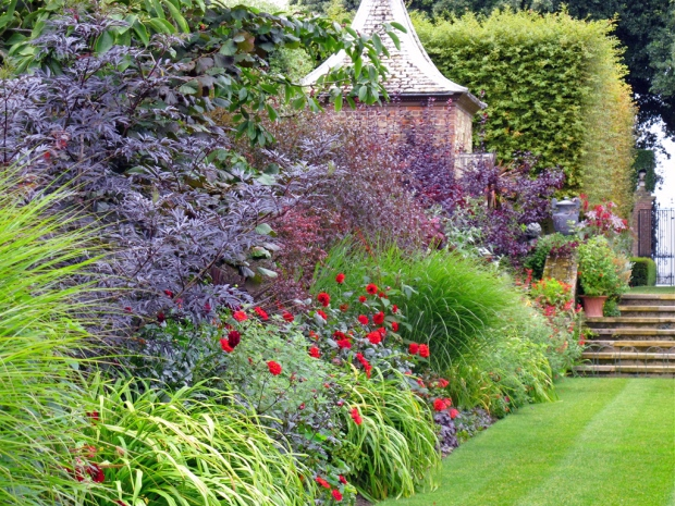 Red border at Hidcote Gardens - left