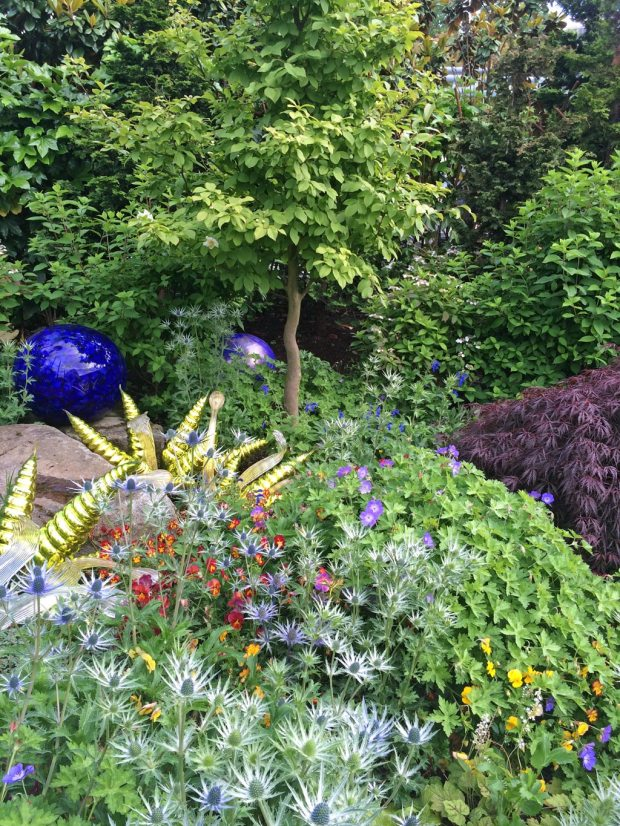 Creative Combination Planting At Chihuly\'s Garden And Glass, Seattle ...