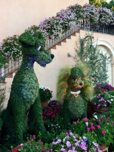 Lady and the Tramp Topiary