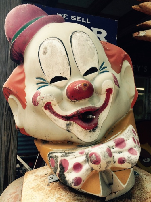 Roadside memorabilia: the head of a clown