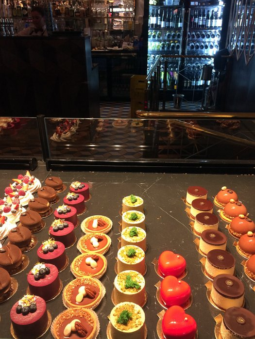 Rows of small cakes