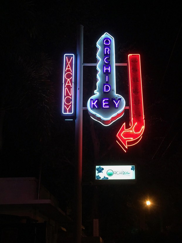Neon signs: Orchid Key and vacancy signs