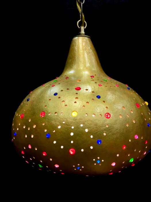 Golden gourd luminary with jewelled effect