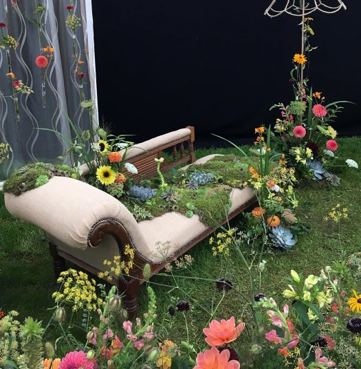 Chaise Longue covered with succulents and flowers