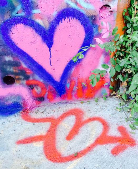 Graffiti - blue and red heart