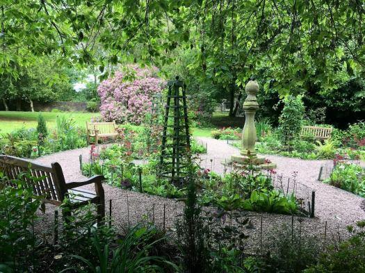 Leafy Garden