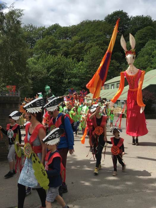 Street parade sets off in Hebden Bridge