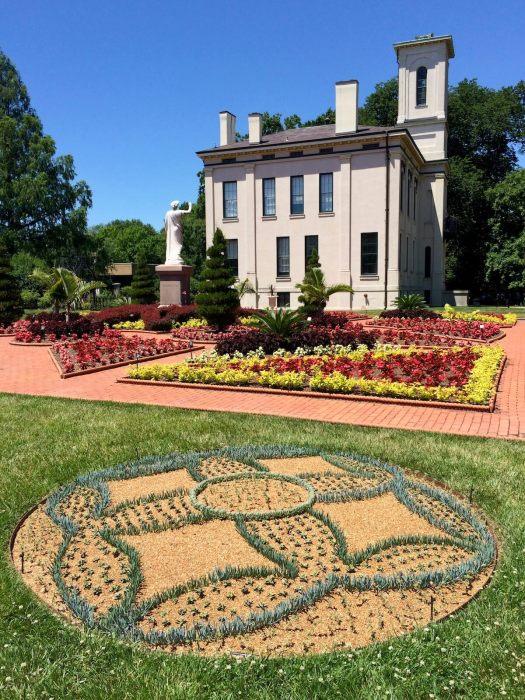 Circular flower bed