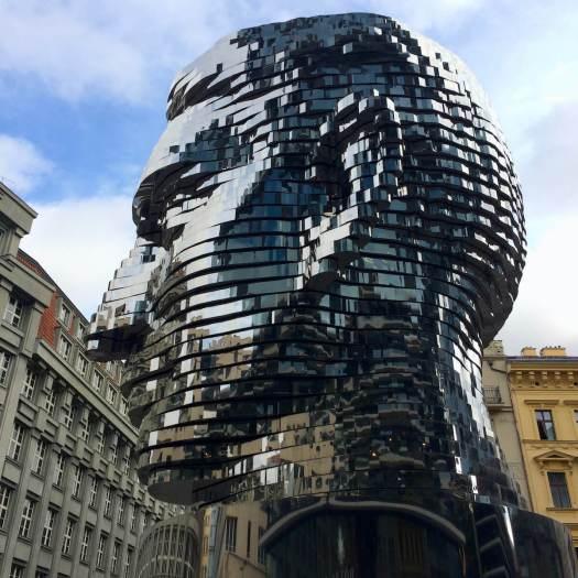 Rotating head of Franz Kafka by David Cerny