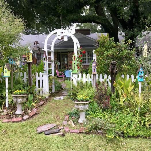 Suzie Cranston's Birdhouse Garden